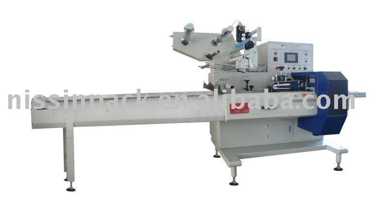 Dessert packing machine