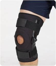 "D3 Knee Pull-On Hinged Knee D3 Knee Pull-On w/ Hinges, Size: SM, Knee Circ.: 13""-14"" (33-36cm)"