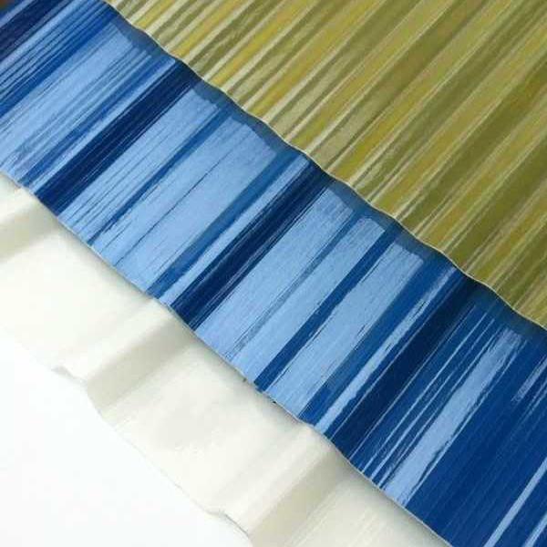 Placas transparentes para tejados tejas para cubiertas for Plastico para tejados