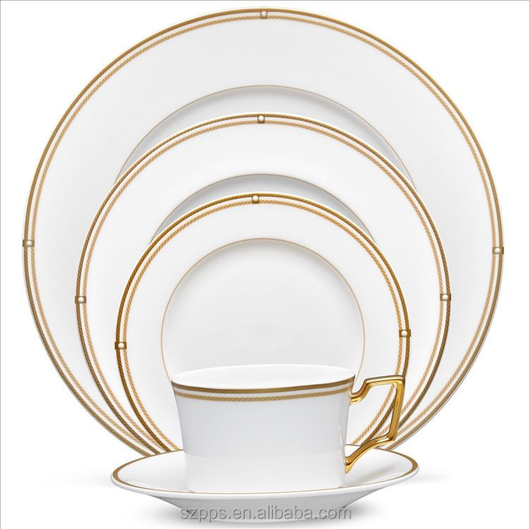 Porcelain ''Queen'' 20-Piece White Gold Dinnerware Set, 24K Gold-Plated Fine Porcelain