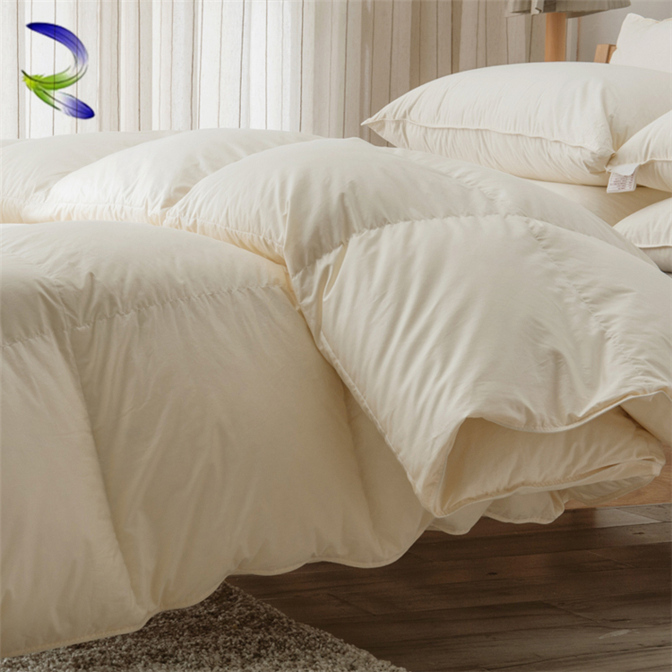 Luxury white comfortable home goose down duvet