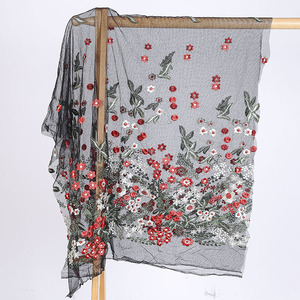 100% Polyester Embroidery Full 3D Lace Fabric Of Flowers Pattern