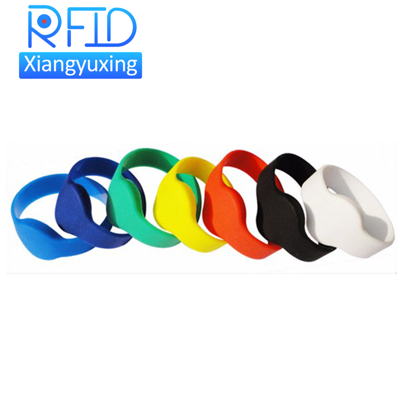 Adjustable passive rfid wristband price silicone rfid wristband / bracelet NFC TAG waterproof smart rfid band