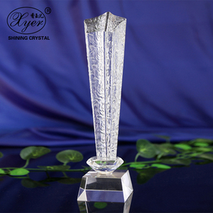 Unique Design Five Star Shape Crystal Awards Customized Logo Souvenir Glass Crystal Trophy And Award