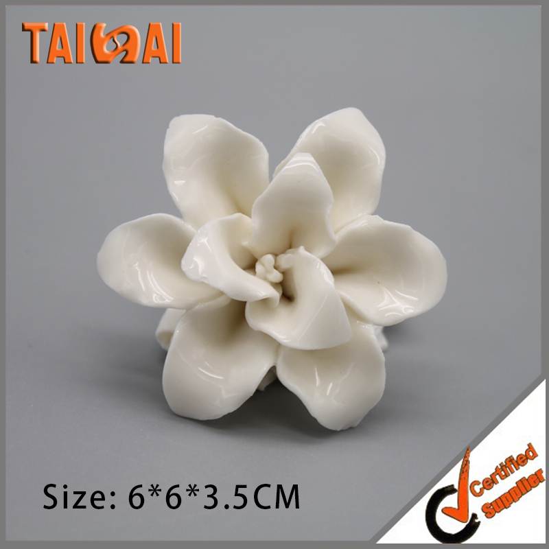 China Factory Attractive miniature ceramic art flowers