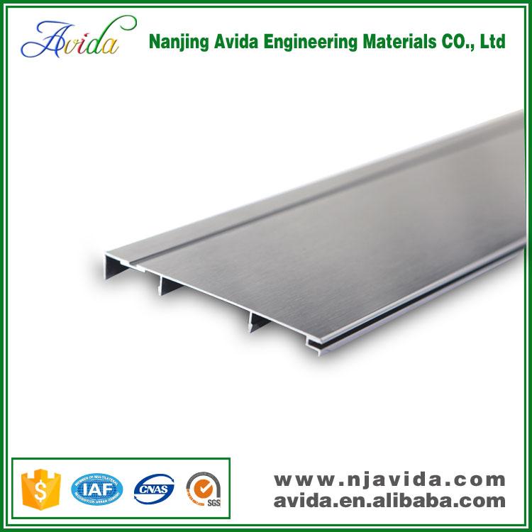 Tanche en aluminium anodis alliage cuisine plinthe for Plinthe aluminium cuisine