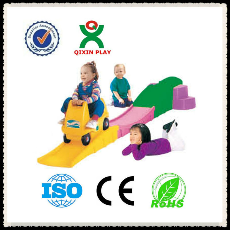 Attractive design plastic slide with a car/indoor play QX-11120C
