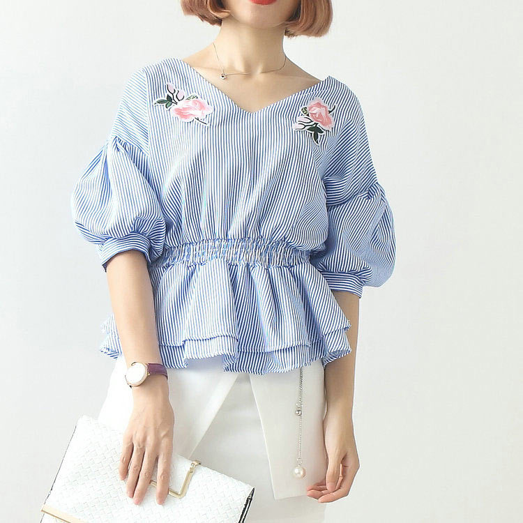 Hot selling women V neck elastic waist embroidered blouse