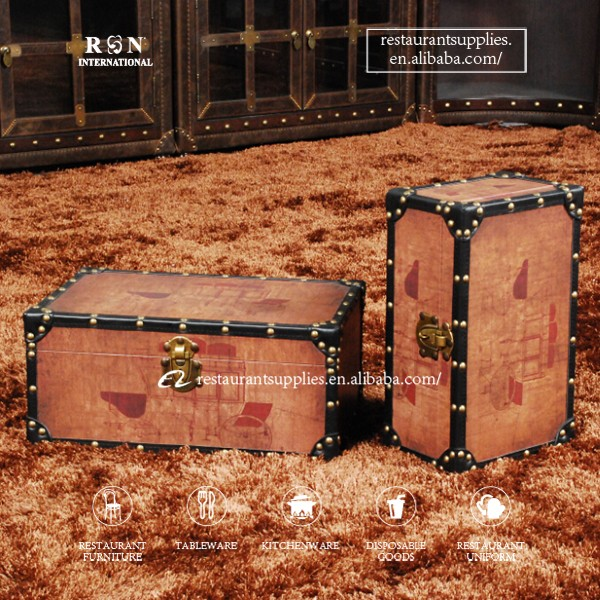 Vintage Decorative Storage Leather Trunk Storage Suitcase/Box For Bar And  Window Play