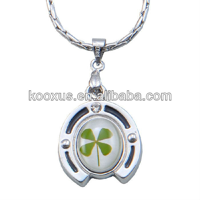 Horseshoe shaped four leaf clover lucky necklace jewelry