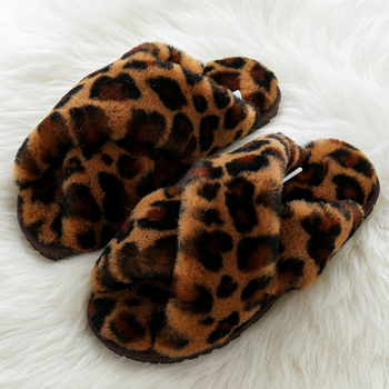 Latest Designs Ladies Flat Fur Slides