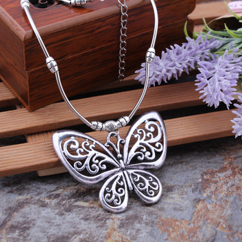 Bohemian Vintage Ethnic Tibetan Silver Jewelry Carved Hollow Butterfly Pendants Necklaces