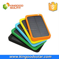 Brand new and top sales universal 5000mah move power solar charger for mobiles