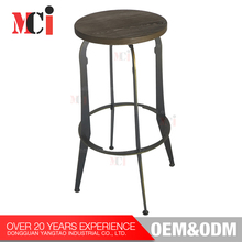 Customized wholesale industrial style wooden seat metal frame bar stool high chair