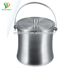 Chinese products sell high quality and durable liquor bottle holder with lid
