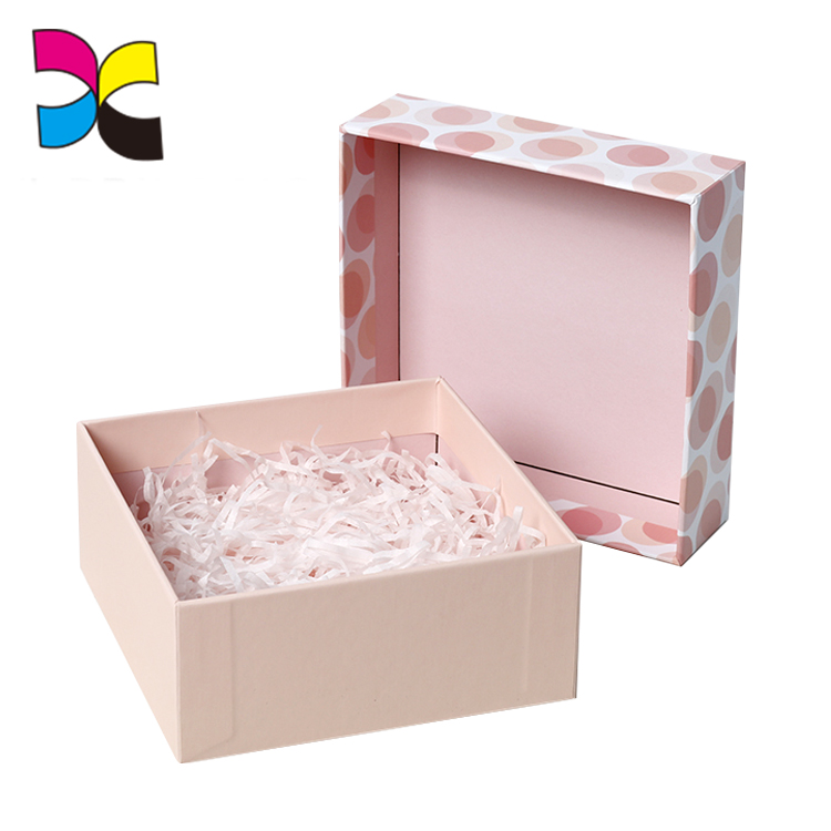 China Supplier Wholesale OEM Custom Elegant Cardboard Jewelry Box