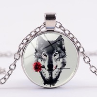 4 Colors Fashion Glass Crystal Wolf With Red Rose Flower Pendant Necklace For Women Men Personalized Picture Animal Jewelry Gift