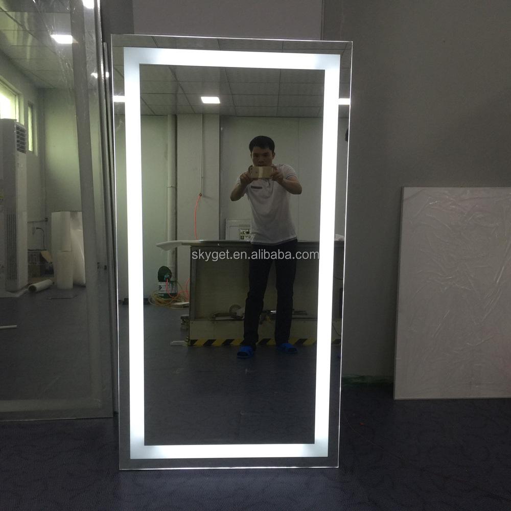 Sal n de belleza espejos con luz led compone el espejo - Espejos con leds ...