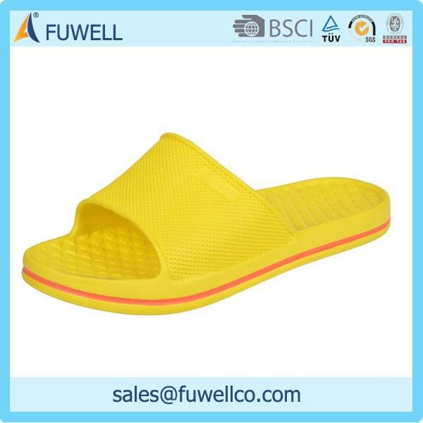 22ed3d8ff المصنع مباشرة مخصصة تصميم السمات النساء ماركة احذية اسم الوجه بالتخبط إيفا  شبشب أصفر