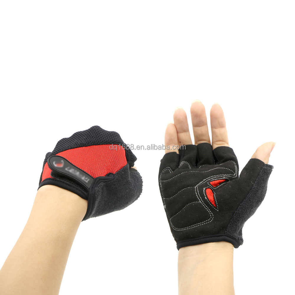 Wholesale Breathable Hand Protection Half Finger Exercise Bicycle Sports Gloves