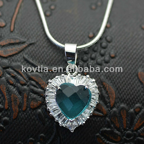 Fashionable 925 silver heart gemstone diamond pendant blue sapphire necklace
