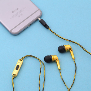 New 3.5mm in-ear Earphone Cartoon Cat Paw Headset Earphones Earbuds for iPhone Samsung Mp3 Headphone