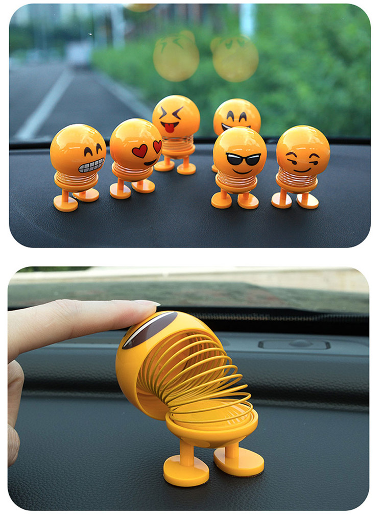 Cartoon Funny Emoji Smile Spring Toy Emoji Smile Shaking Head Doll for Kids Car Ornament Auto Interior Home Decor Car Styling