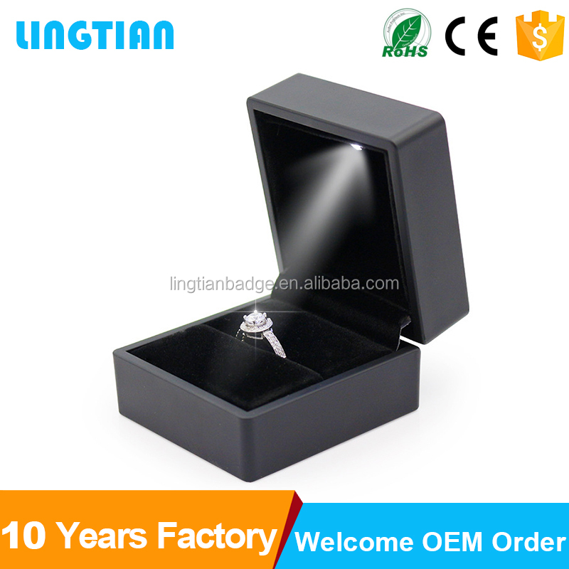 Highend Custom Jewelry Boxes Packaging Highend Custom Jewelry