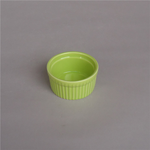 Fábrica directamente venta al por mayor de cerámica de color ramekin