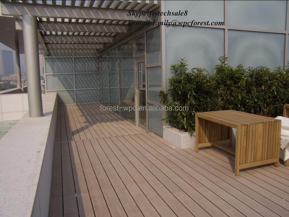 balkon holzzaun holz staketenzaun holz ranch zaun br stung. Black Bedroom Furniture Sets. Home Design Ideas