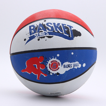 Durable werbe multicolor gute bounce 8 panel gummi basketball