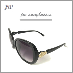 Wholesale 2017 hot sale fashionable ladies acetate sunglasses brand your own