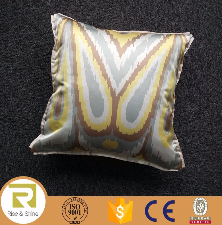 Wholesale 100%polyester satin abstract print cushion