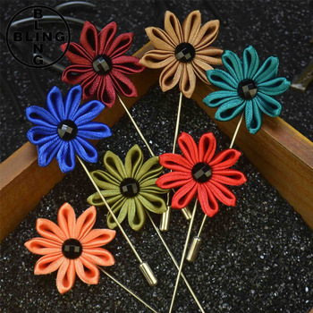 Wholesale New style Men's Lapel Brooches Sunflower Daisy Flower Pins Handmade Boutonniere Flower Lapel Pin for Suit 2017