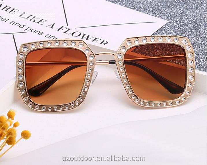 e2c5431289ae 2017 metal vintage studded diamond rhinestone sunglasses,fashion luxury new  pc goggles,factory europe usa alibaba sunshades