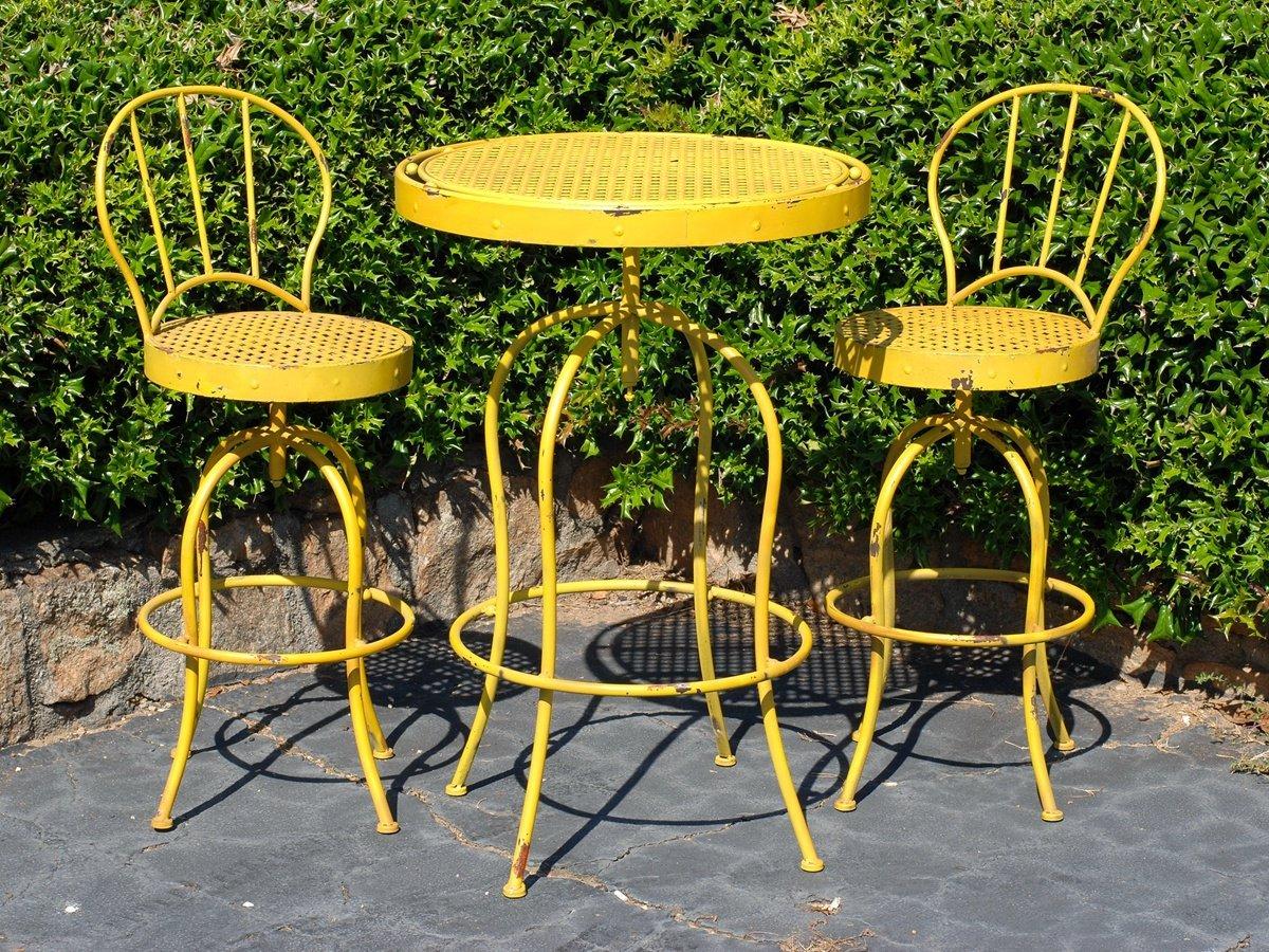 Buy Metal Nostalgia French Bistro Garden Table and Chair Set 9