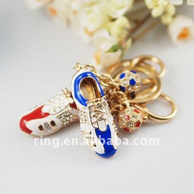 Fashion cute golden flag 3d rhinestone crystal key chain rings
