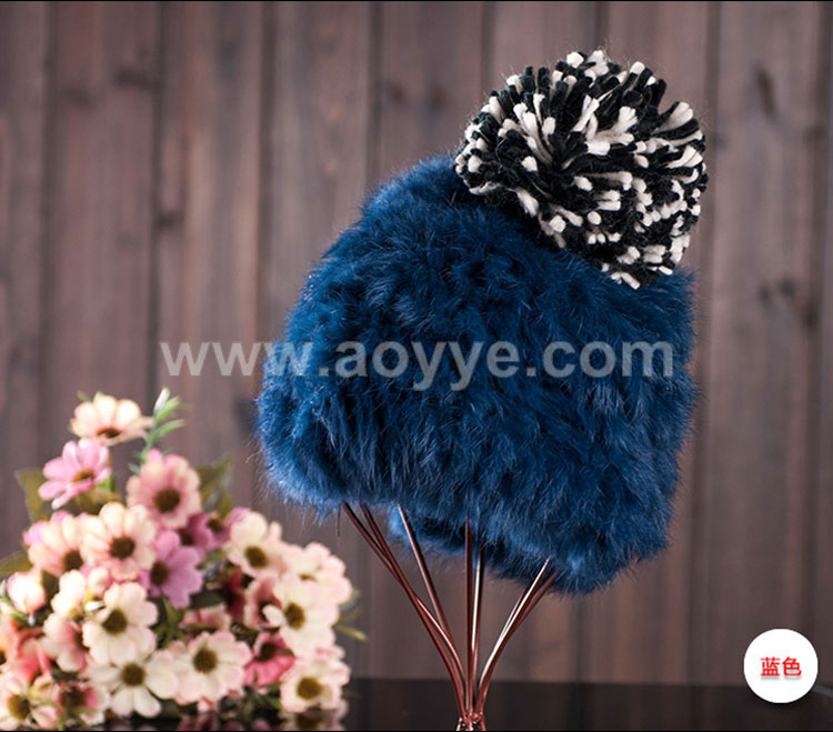 High quality girls ladies fashion to keep warm knitted hats lovely fur ball beanie winter hats