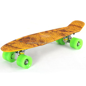 Excellent quality OEM design 100% new PP customized plastic skateboard
