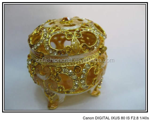 Classic hollow out Indian jewelled trinket box for holidays gifts