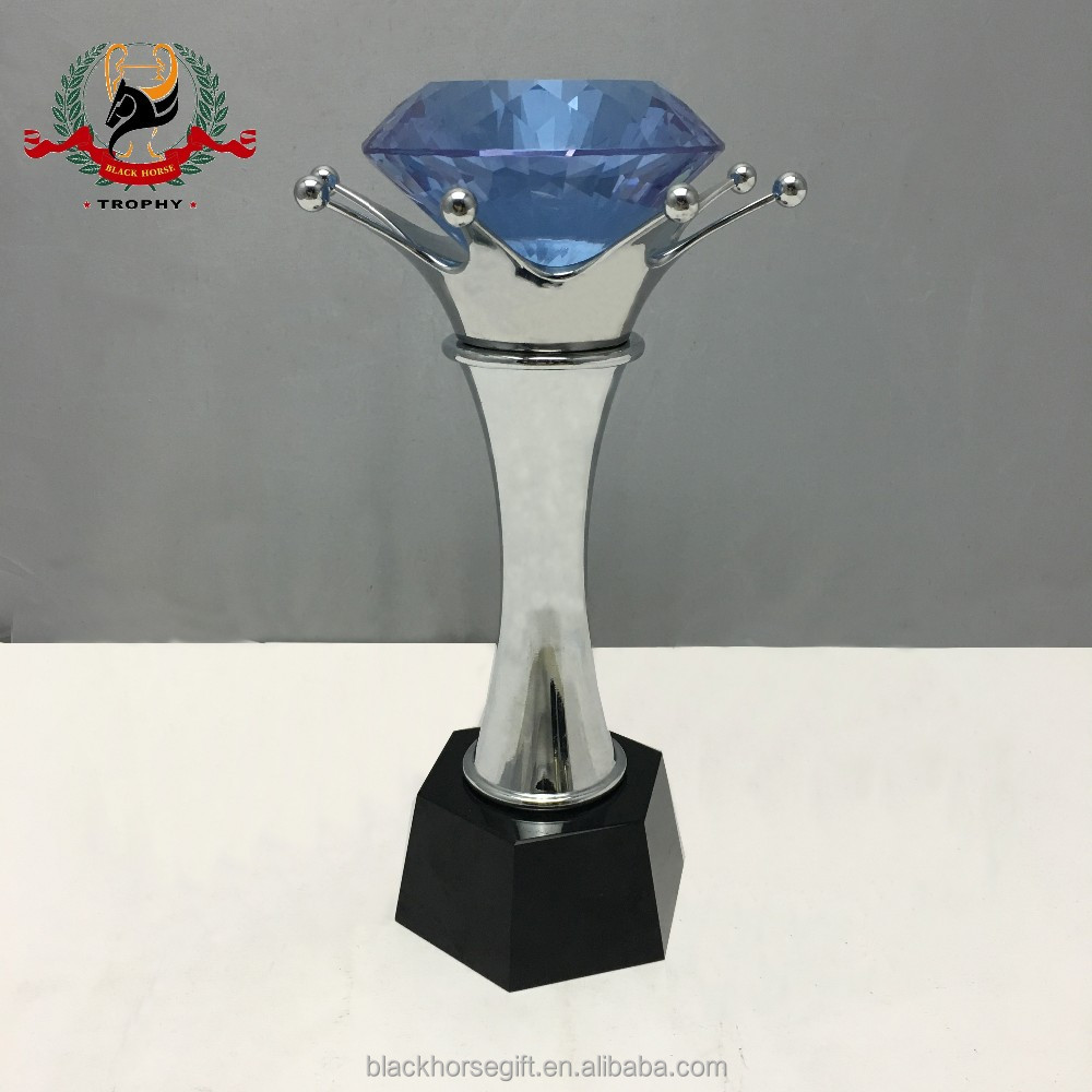 new design crystal trophy guangzhou,crystal hand trophy,china crystal trophies