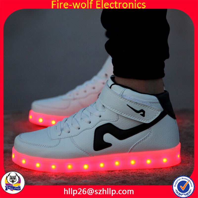 White Black Design Fashion Comfortable Leisure Popular Men Sneakers