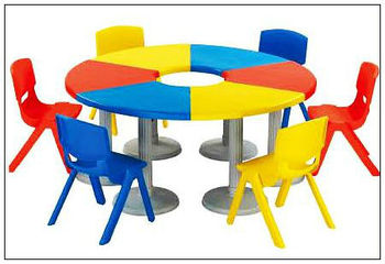 Mutifunctional Plastic Dining Table And Chairs For Kids Lt 2146f