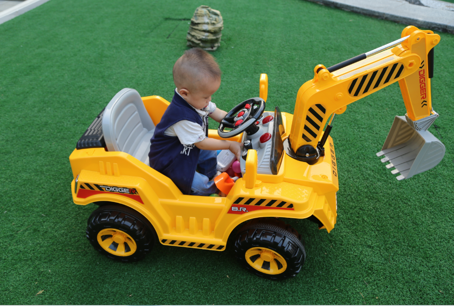 Hot selling 12V electric toy car remote control children ride on excavator