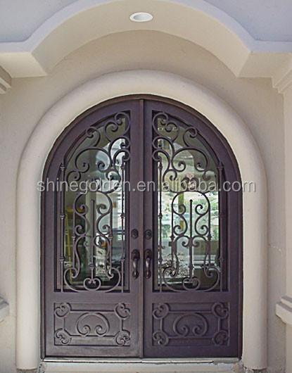 Entr e en fer forg portes portes avec moderne iron works for Fenetre en fer forge moderne