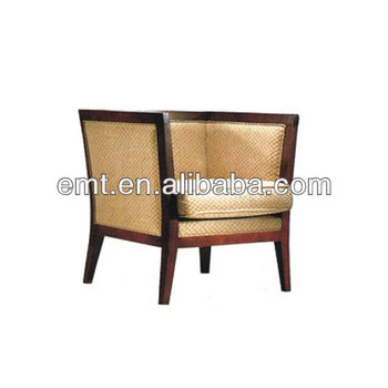 Wonderful surface and comfortable sitting arm chair for for Sitting easy chairs