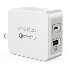 dodocool 33W 2-Port USB Wall Charger Power Adapter with 18W Quick Charge 3.0 and 15W Reversible Type-C Charging Ports Foldable