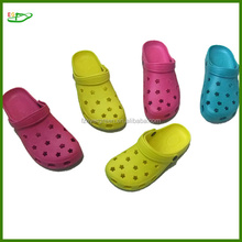 2012 Best indoor soccer shoes with stars hole shape