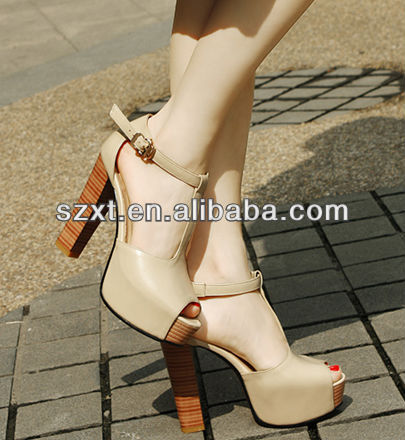 Stylish all kinds of ladies shoes and sandals ladies sandals and slippers with wood heel