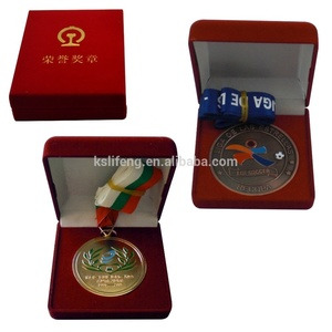 Customized specials medals with velvet sports medals and velvet boxes Medal With Velvet Box